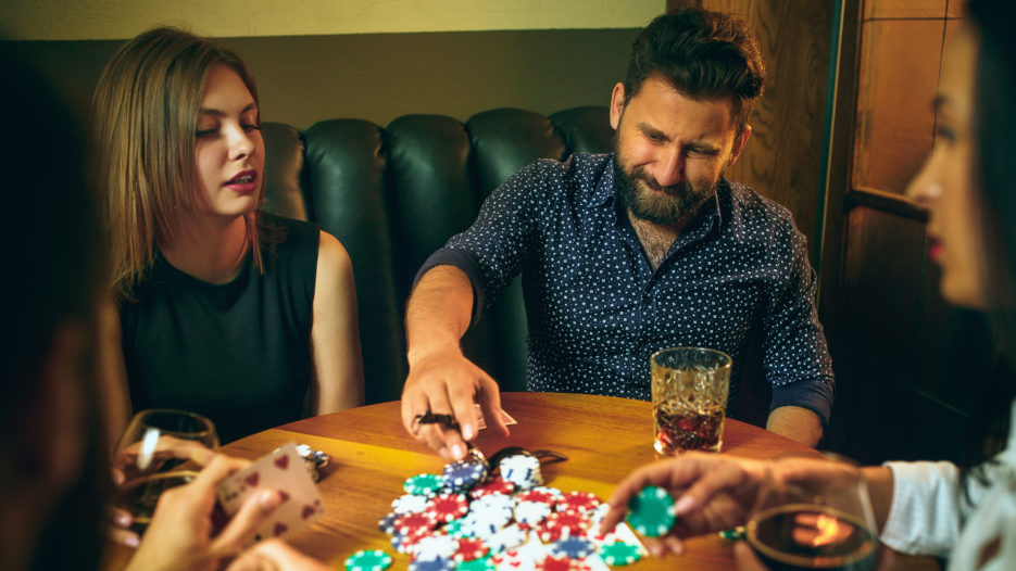 4 Rules of Bluffing at Low Stakes